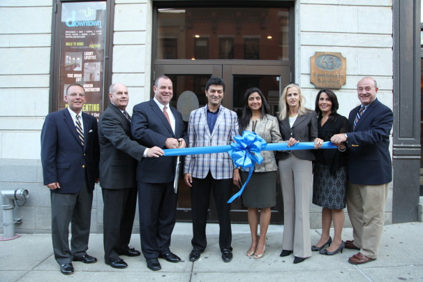 68 bank st ribbon cutting